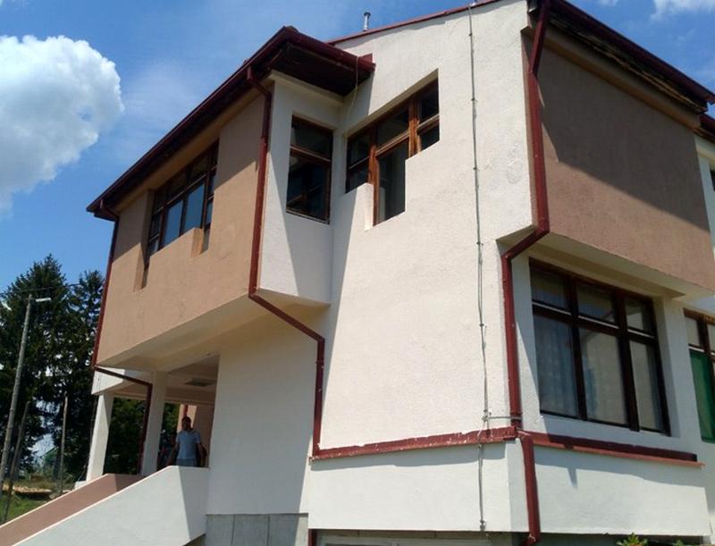 Škola u Buštranju dobila novu fasadu
