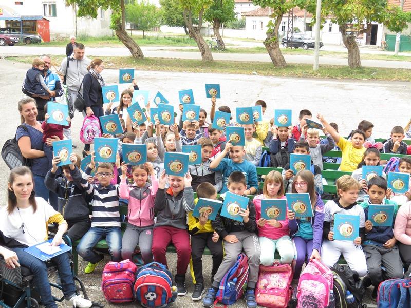 """Promocija knjige """"Moja omiljena tetka"""" u Domu kulture u Brestovcu"""