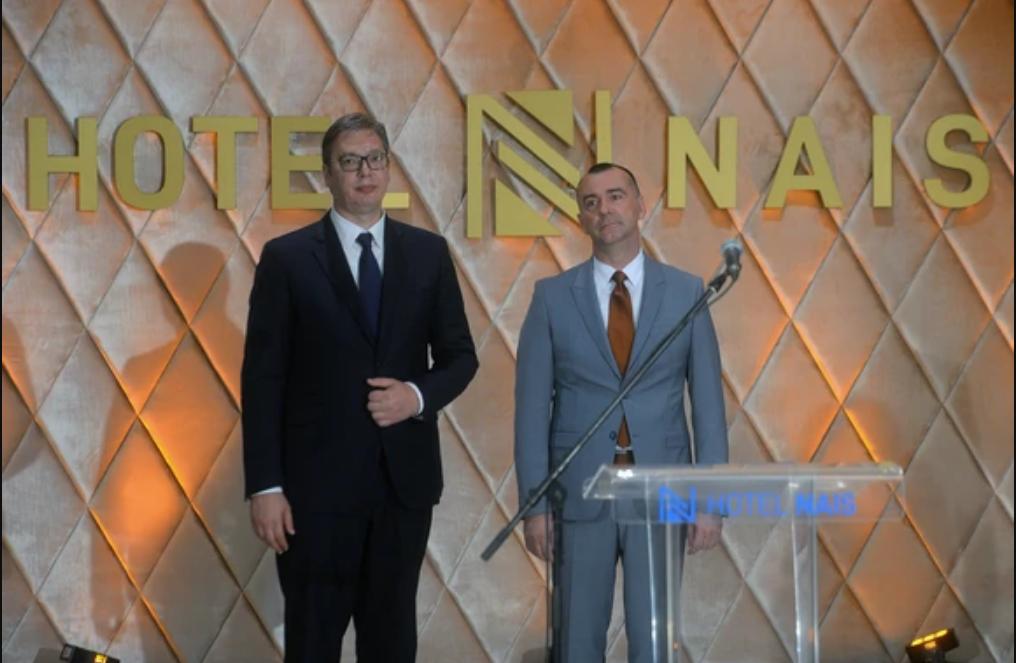 """Vučić otvorio rekonstruisani hotel """"Nais"""""""