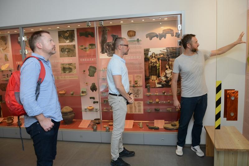 Profesor s Kembridža u poseti leskovačkom muzeju