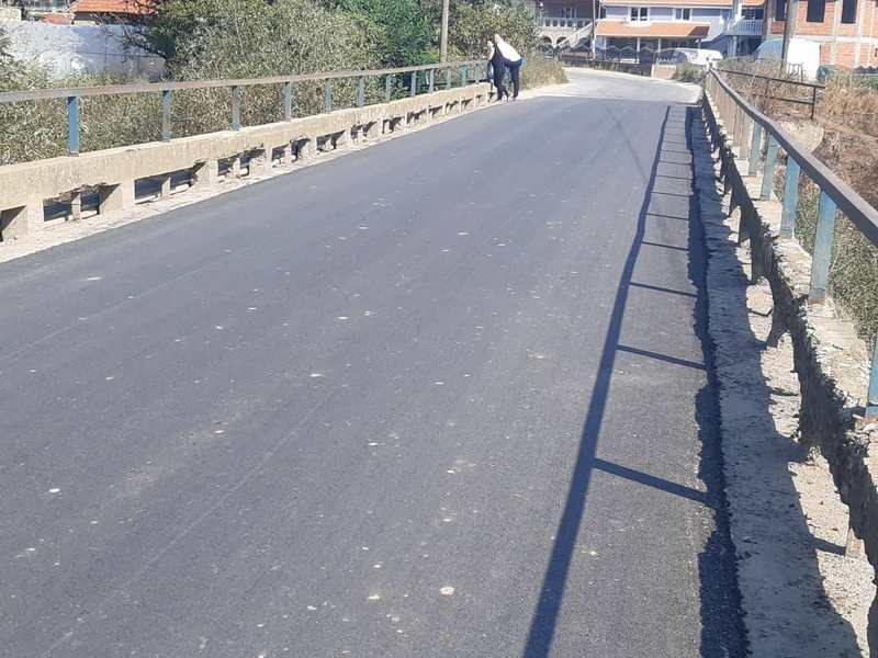 Most i ograda u Vinarcu i bahata šefica sela