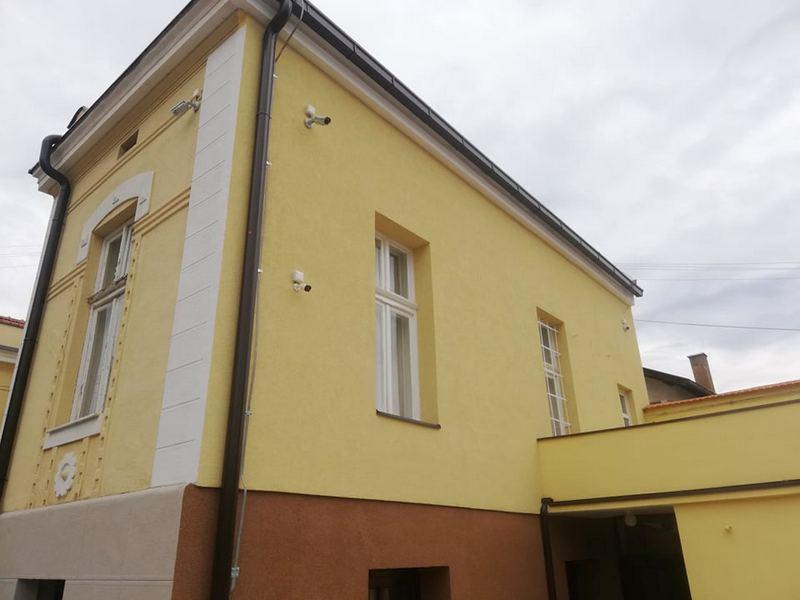 Milion dinara za fasadu i oluke na Sigurnoj kući