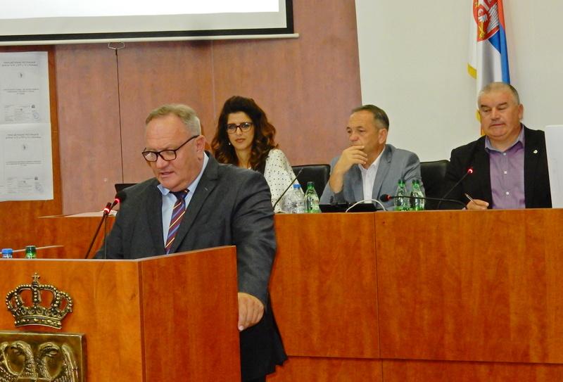 Skupština: Polemike oko šestomesečnog budžeta i njegovog rebalansa