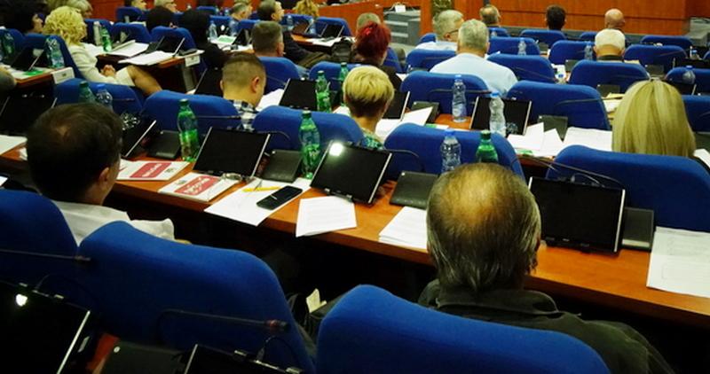 Stanje demokratije: Srbija DELIMIČNO SLOBODNA zemlja
