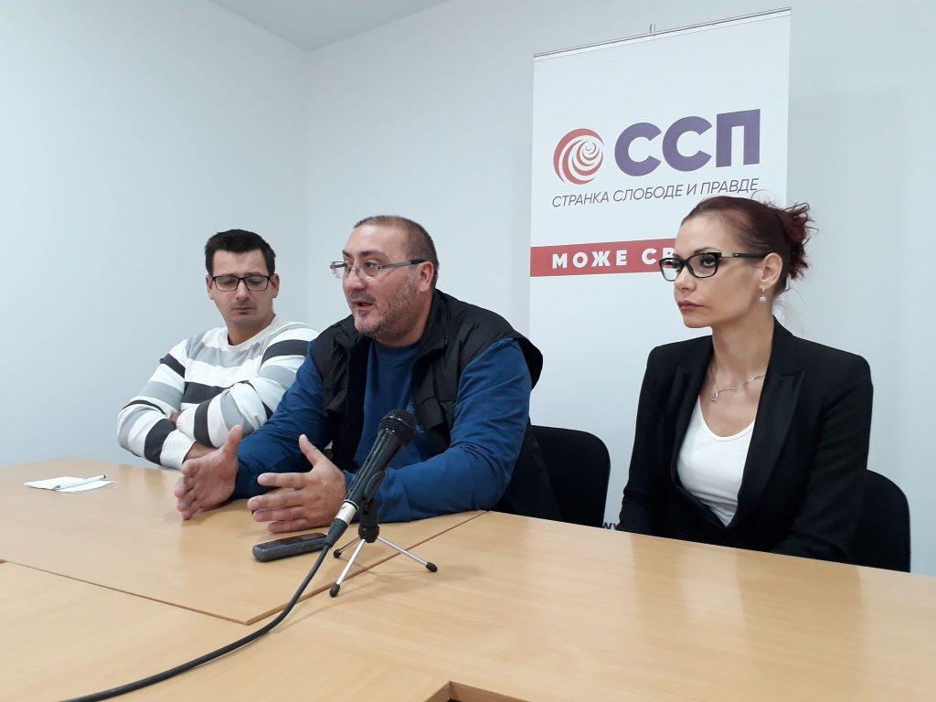 Dejan Bulatović  u Leskovcu: Postaćemo Skajp nacija koja najmilije viđa samo preko interneta- VIDEO