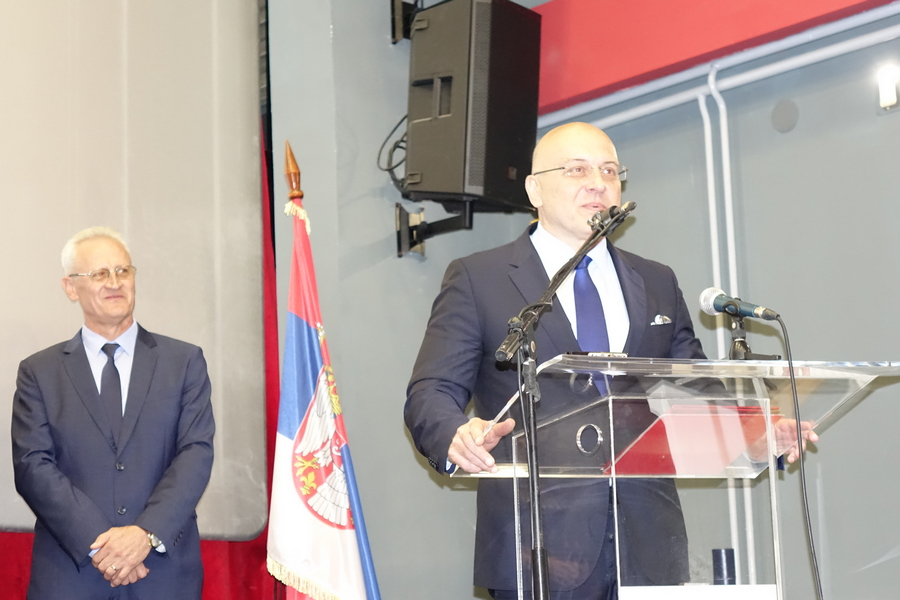 Među dobitnicima najvišeg priznanja na Dan opštine Vlasotince i ministar Vukosavljević