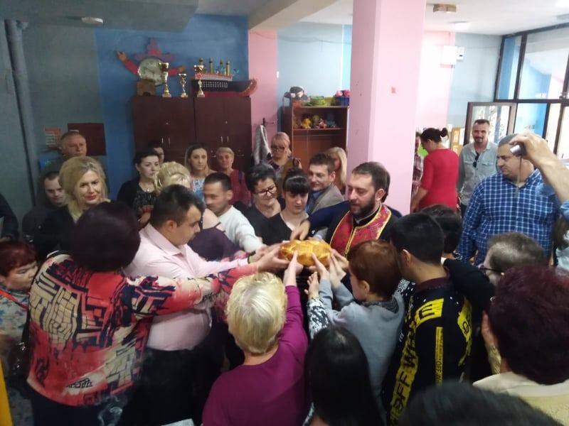 """Dnevni boravak """"Duga"""" proslavio danas krsnu slavu Svetu Petku"""