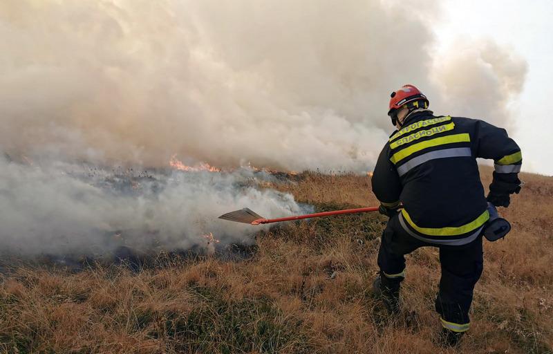 Na Staroj planini 200, u Vranju 130 vatrogasaca iz Pirota, Niša, Leskovca, Republike Srbije…