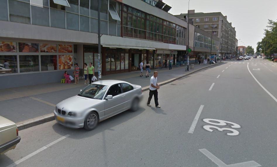 Sudar službenog automobila iz Vranja i taksi vozila u Leskovcu