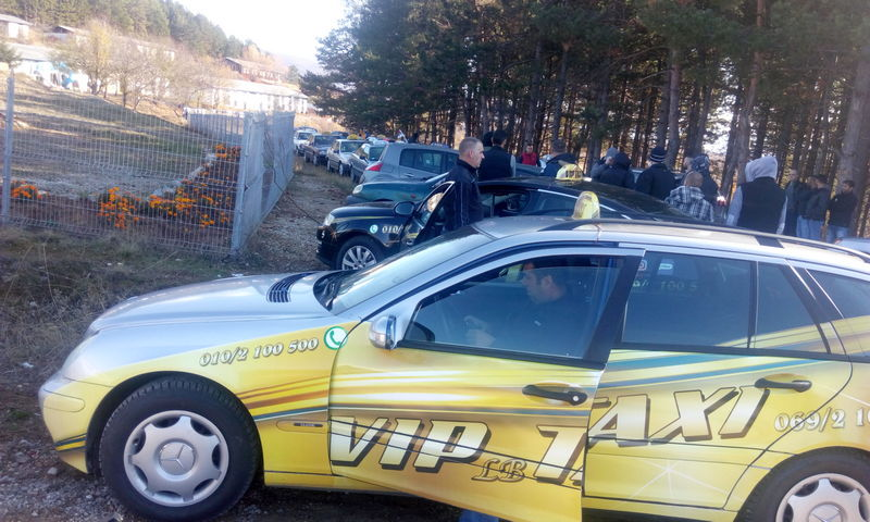 Nastavak protesta pirotskih taksista zbog napada na taksistkinju, pridružili im se i uplašeni građani