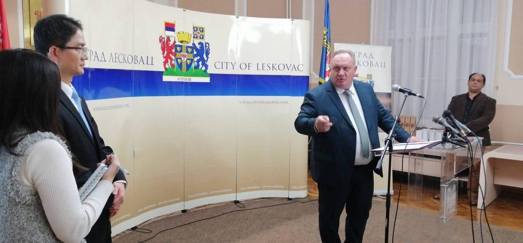 """Gradonačelnik ponovo o otvaranju novog pogona """"Yure"""" u Leskovcu, ambasador Južne Koreje suzdržan"""