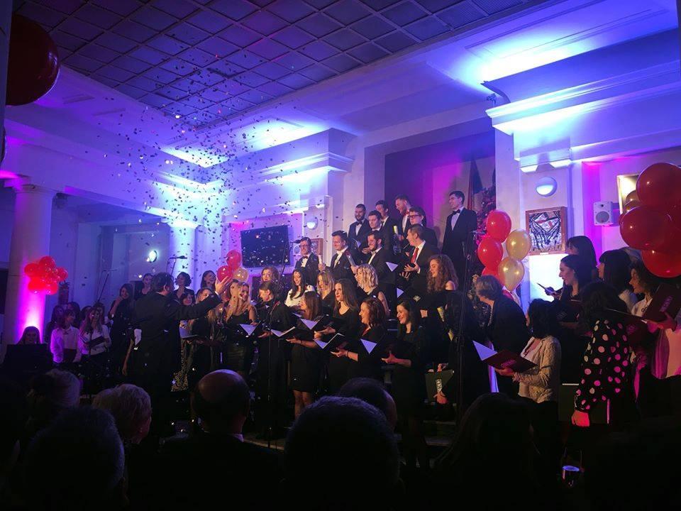 Večeras veliki Novogodišnji koncert Akademskog hora Studentskog kulturnog centra u Nišu