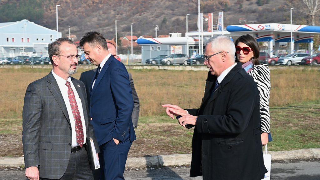 Američki ambasador u Pirotu: Razmotrićemo kako da pospešimo naredne direkte investicije u ovaj grad