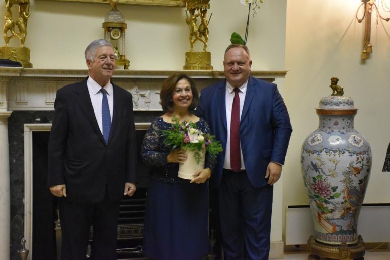 Gradonačelnik Leskovca na slavi kod prestolonaslednika