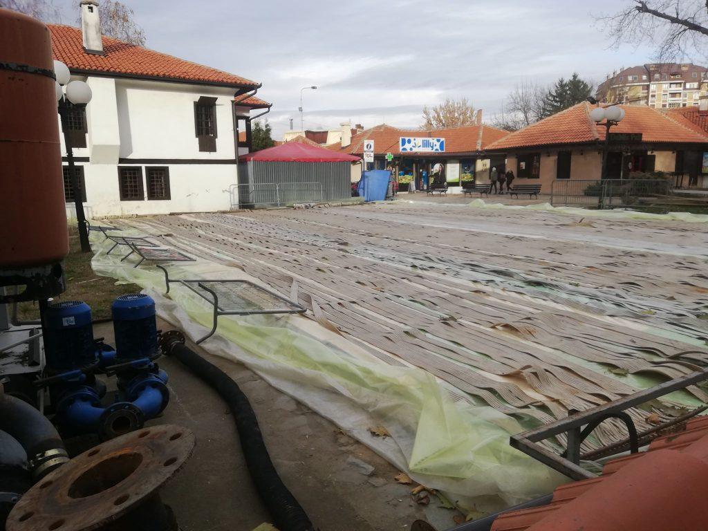 Klizalište u Leskovcu čeka na hladnije dane