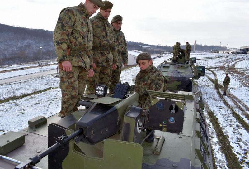 Obuka vojnika na oklopnim borbenim i izviđačkim vozilima