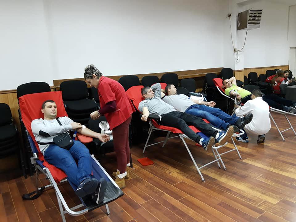 Zbog velikog odaziva sportista akcija dobrovoljnog davanja krvi produžena do večeras