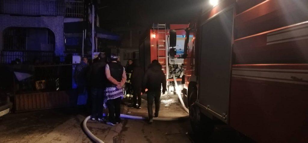 Požar usred romskog naselja, celo Podvorce bez struje