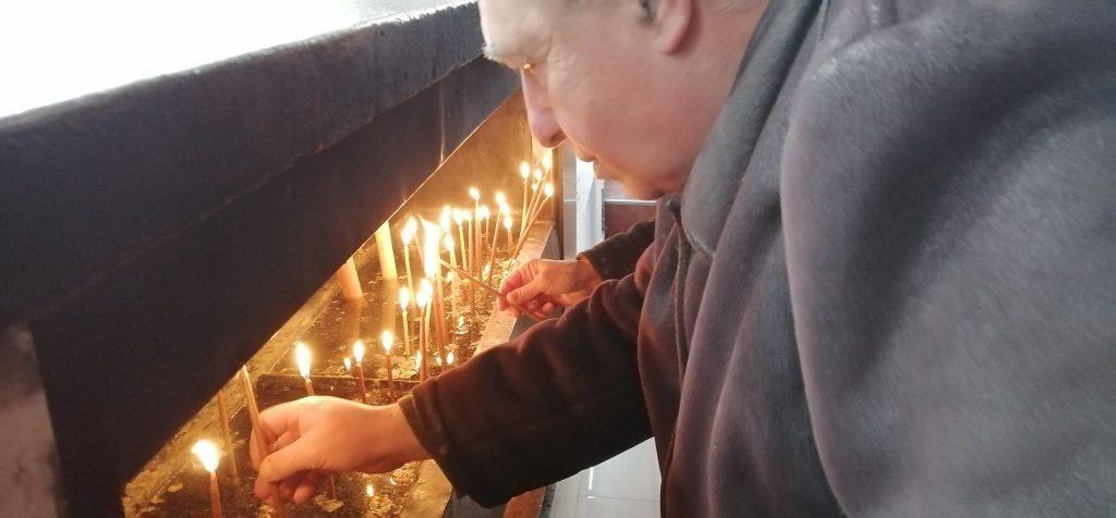 Više stotina Vranjanaca na molebanu za spas srpskih svetinja u Crnoj Gori