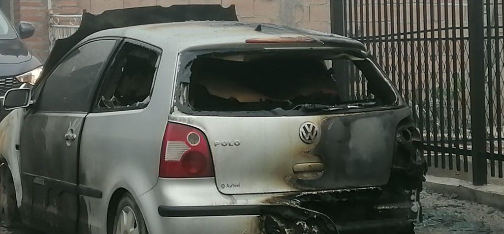 Advokatska zajednica Leskovac traži od nadležnih da ozbiljno shvate paljenje automobila advokatice u ovom gradu