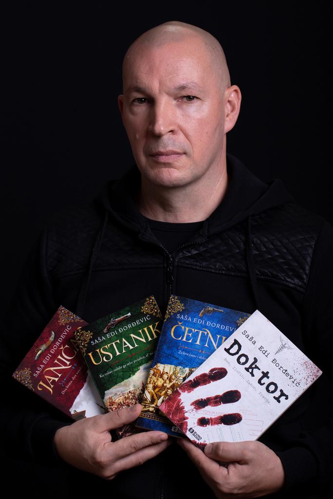 Pisac, policajac, glumac i hevi metal gitarista – Saša Edi Đorđević