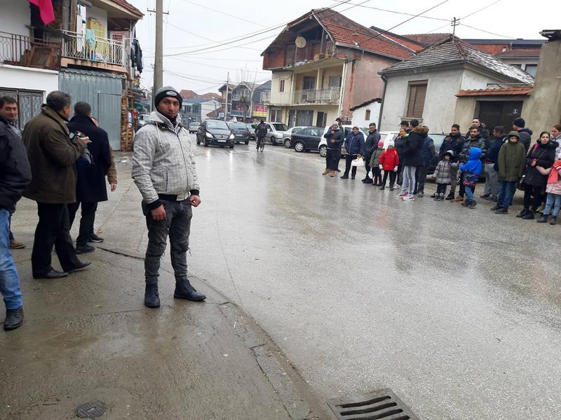 Romi darivali 25.000 evra za kupovinu parcele za sahranjivanje