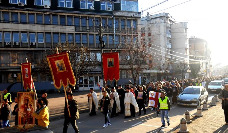Litija i moleban Vlasotinčana  za odbranu svetinja u Crnoj Gori