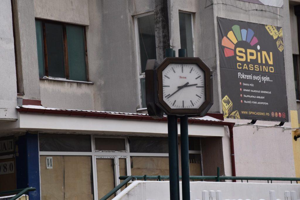 Javni sat u centru Leskovca proradio posle 20 godina