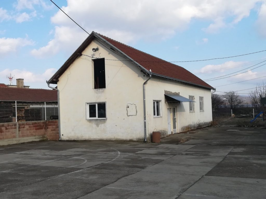 Palminoj Jedinstvenoj Srbiji zabranjena promocija u seoskim prostorijama