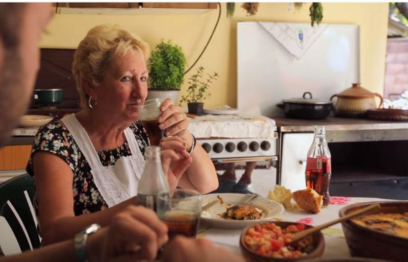 Coca-Cola predstavila najukusnija jela iz Leskovca i Bojnika, a ova domaćica nam je obelila obraz (VIDEO)