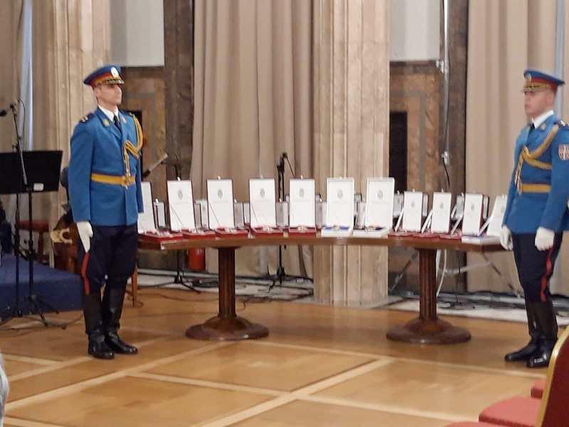 Muzej i Gimnazija iz Leskovca odlikovani Sretenjskim ordenom (foto,video)