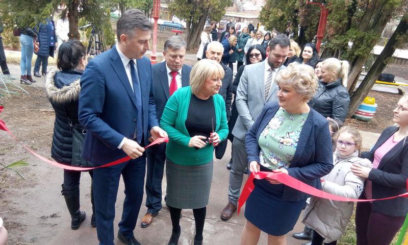"""Ministarka Slavica Đukić Dejanović otvorila rekonstruisani deo vrtića """"Prvomajski cvet"""""""