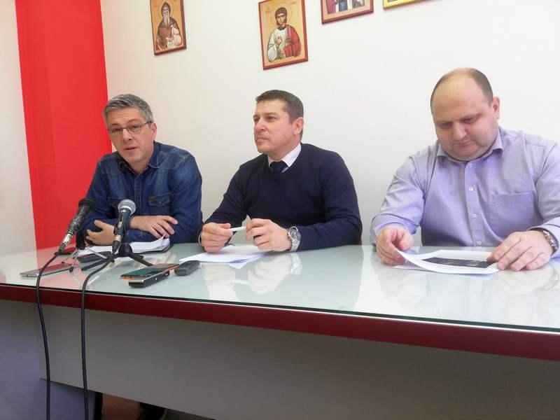 Dveri pozivaju gradonačelnika Leskovca na tv duel na temu iseljavanja i ekonomije