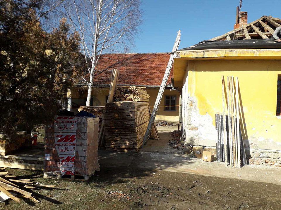 Škola u Moštanici dobija novi krov