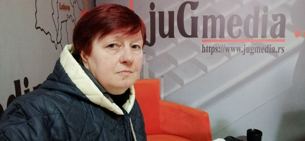Na Kosovu je neće jer je prebegla u Srbijiu, u Srbiji je neće jer je izbeglica sa Kosova