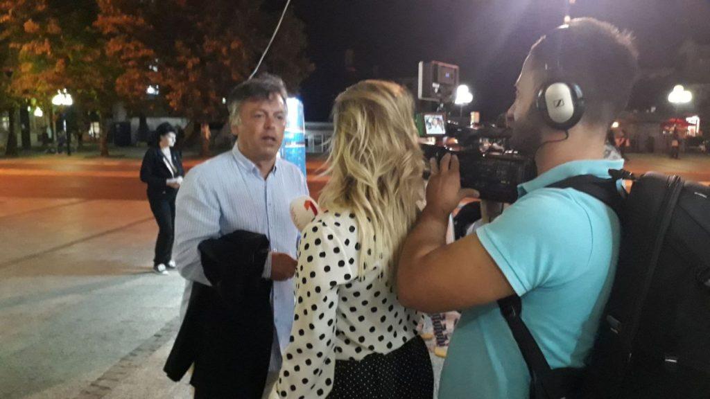 Nele Karajlić promoviše drugi deo svoje knjige u Leskovcu