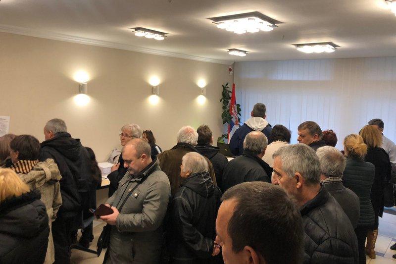 Dve grupe građana u Pirotu prikupljaju potpise za lokalne izbore