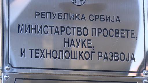 Odlažu se sve đačke ekskurzije iz Srbije u inostranstvo zbog korona virusa