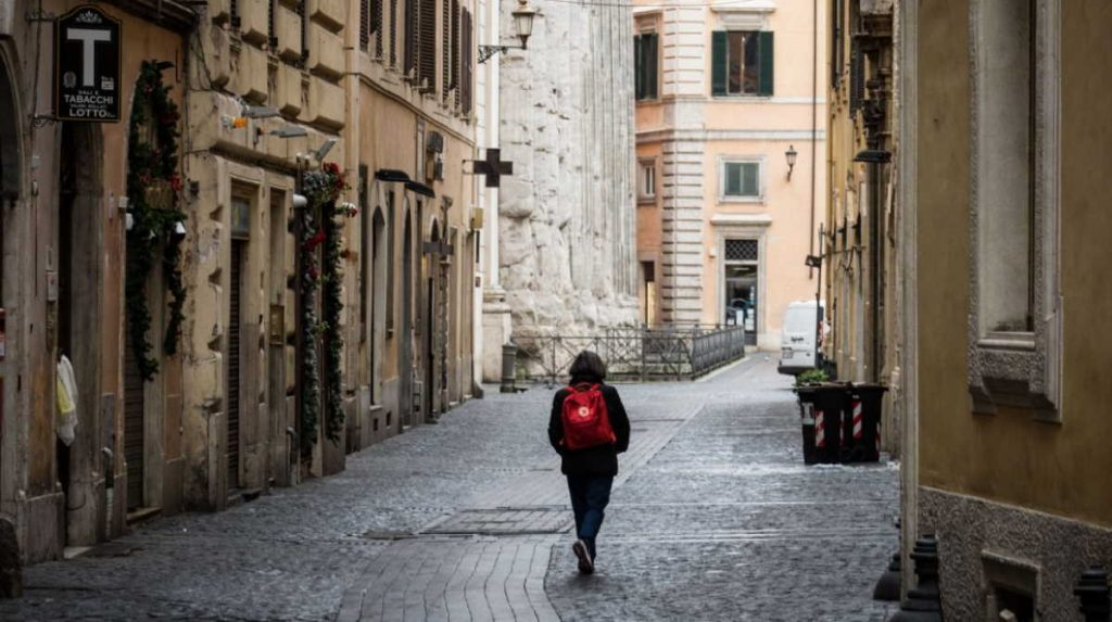 Naši ljudi prenose: U Italiji nema izlaska bez dozvole, sve namirnice poskupele, jedna pomorandža košta jedan evro