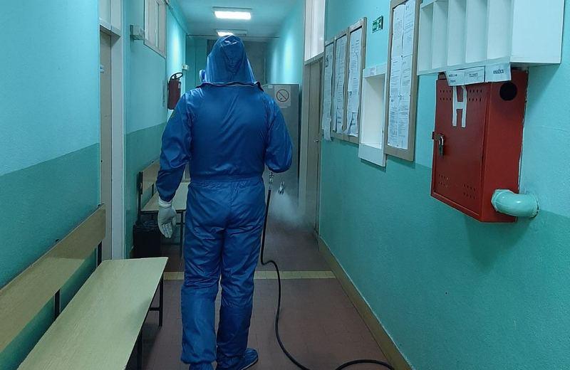Rusi dezinfikovali Dom zdravlja u Vlasotincu