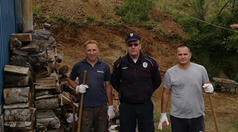 Srpski i albanski policajci napravili put do crkveu Oraovici kod Preševa