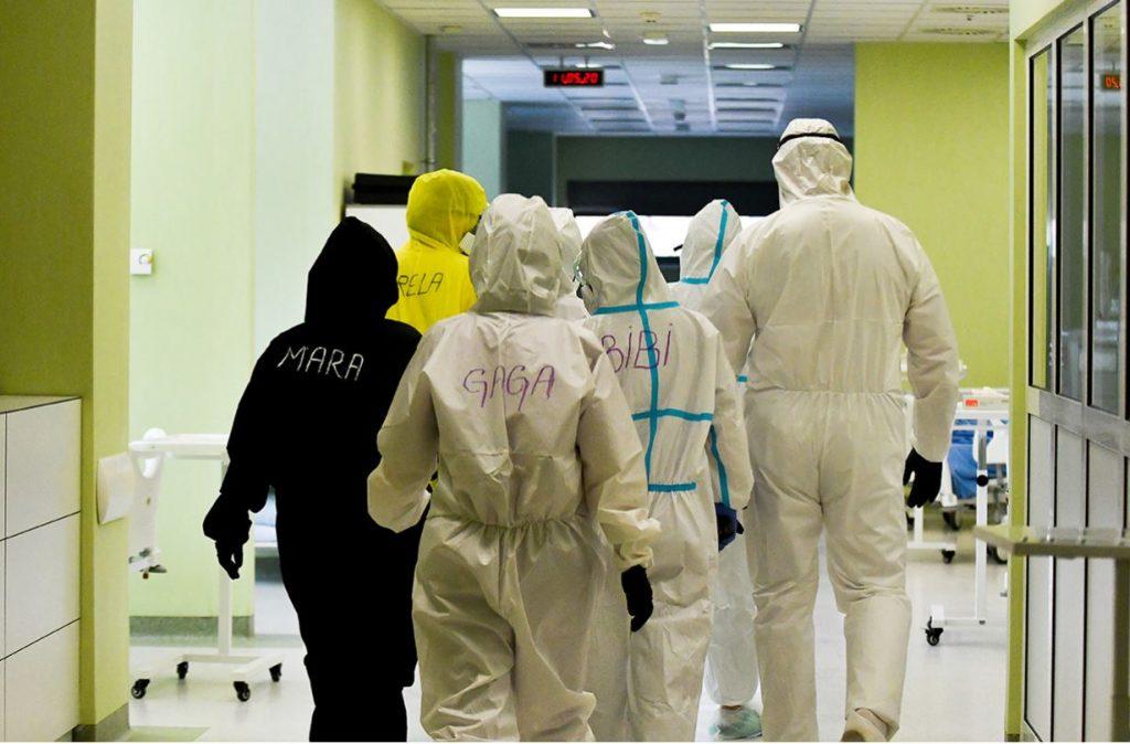 Pao broj novozaraženih : Još 100 slučajeva u Srbiji, manji broj pacijenata i u leskovačkoj bolnici ali polovina je na kiseoniku