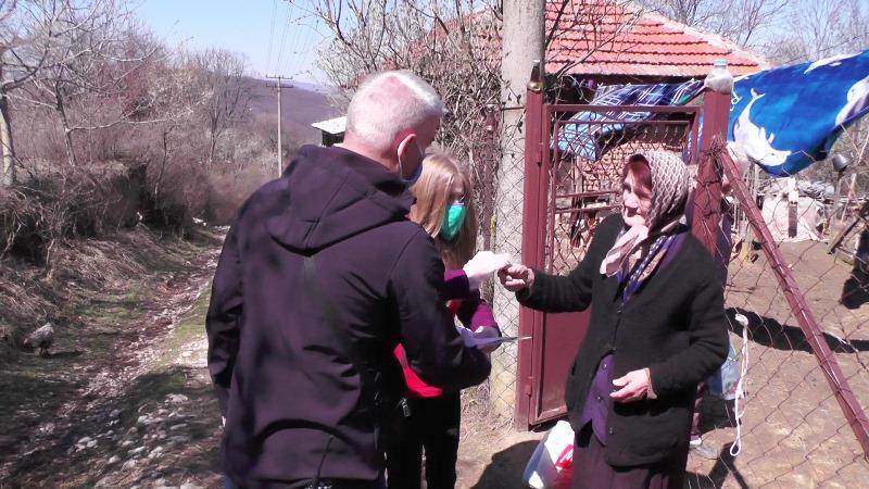 Podeljeni paketi pomoći starima i ugroženima u Pirotu