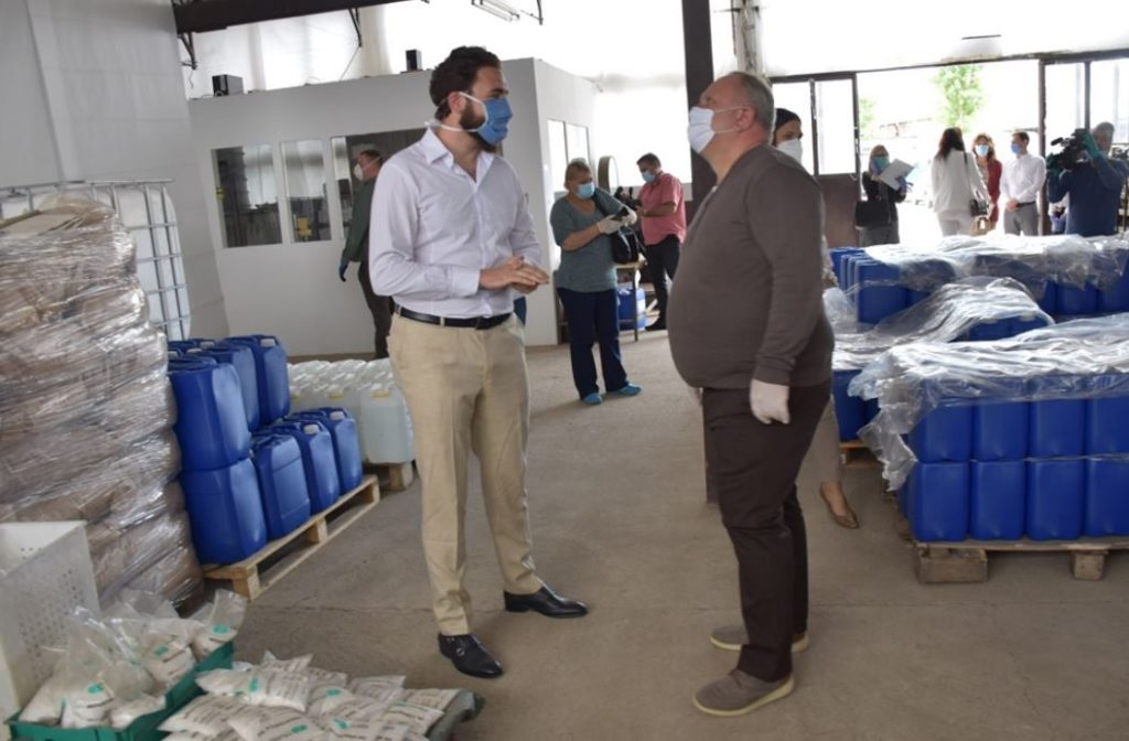 "Firma ""Progen solution"" donirala 20.000 natrijum hipohlorita Leskovcu"