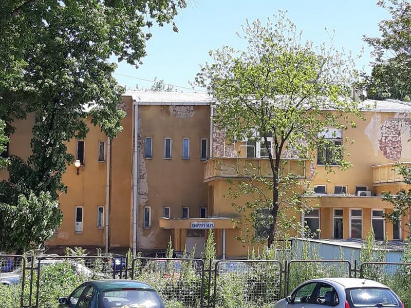 U Kovid bolnicama u Vranju na lečenju 32 pacijenta, preminula još jedna osoba