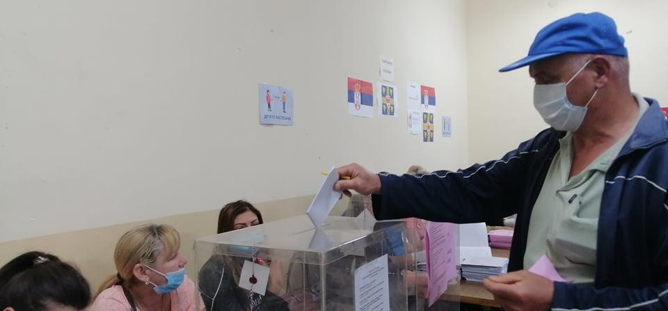 CRTA: SNS u Prokuplju prekršio izbornu tišinu