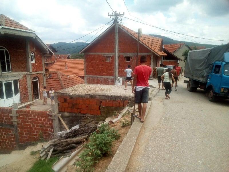 Romska porodica u Lebanu prijavila aktivistu SNS zbog pretnji, povereništvo naprednjaka demantuje