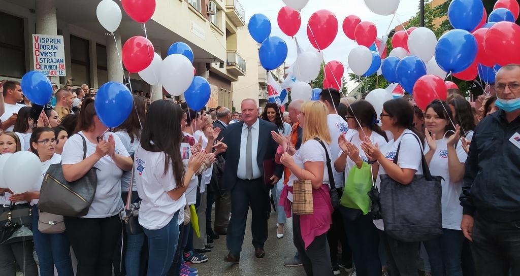 Cvetanović: Kao Feniks iz pepela se sve diže u Leskovcu