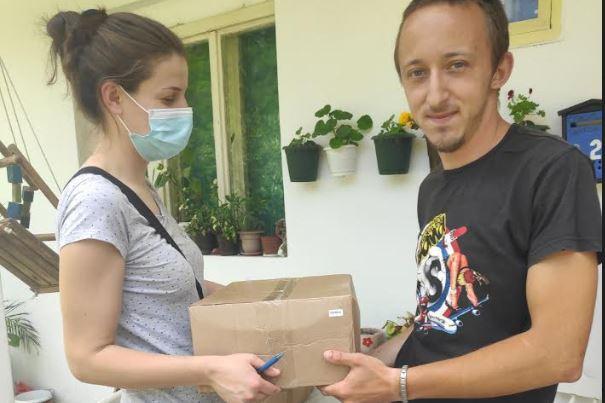 """Paketi pomoći fondacije """"Vlade Divac"""" i za Prokupčane"""