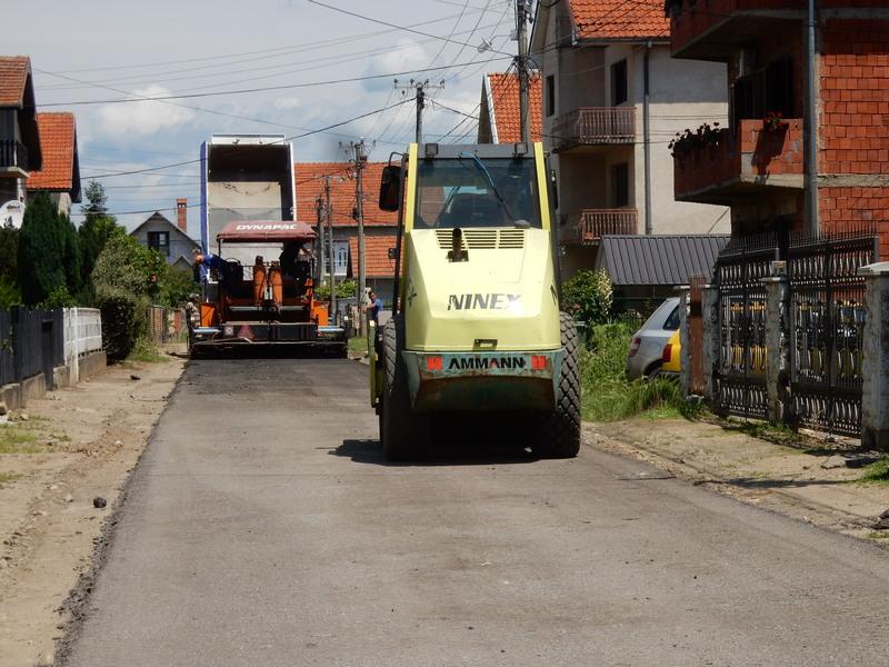 Grebanim asfaltom biće uređeno 39 ulica i tri putna pravca u Leskovcu